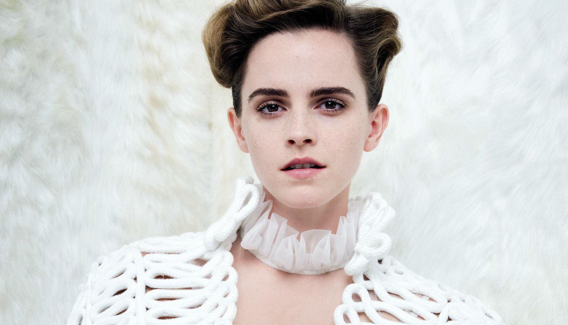 Emma-Watson-Vanity-Fair-boobs