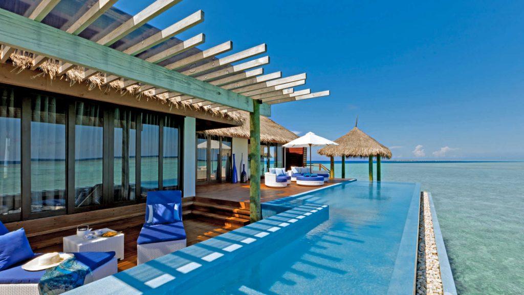 Swimming-Pool-Maledives