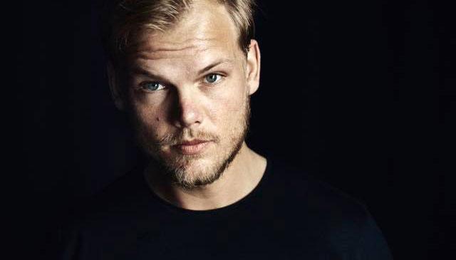 Een droef bericht: de wereldbedoemde Zweedse dj Avicii is overleden. Wij zetten hier - in het kader van een bescheiden eerbetoon - de mooiste hits van Tim Bergling aka Avicii onder elkaar.