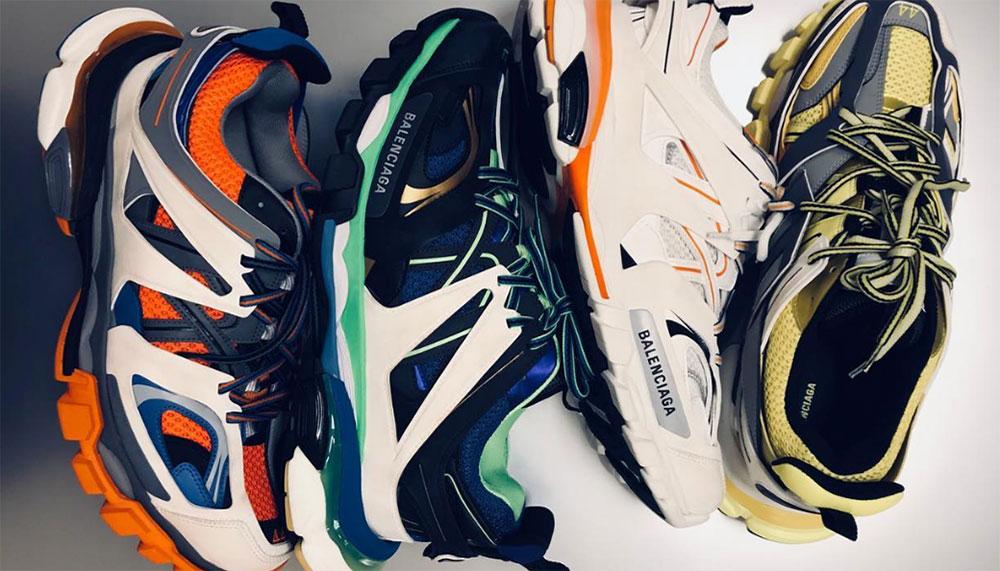789fb4b4c8b5 De Balenciaga Triple S is een schoen voor meelopers en als je nu nog moet  instappen