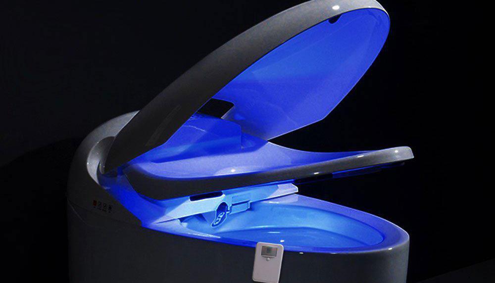 De wc was altijd al een plek van verlichting, maar met deze goedkope gadget geef je daar een héle letterlijke draai aan. Dit apparaat van twee tientjes laat je wc licht geven in het donker.