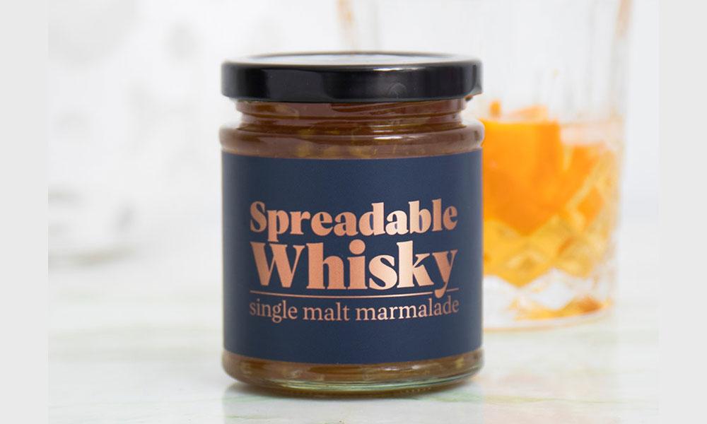 Je leest het goed. Smeerbare whisky voor op brood. Om meteen bij het ontbijt het randje vast een beetje van je dag af te halen.