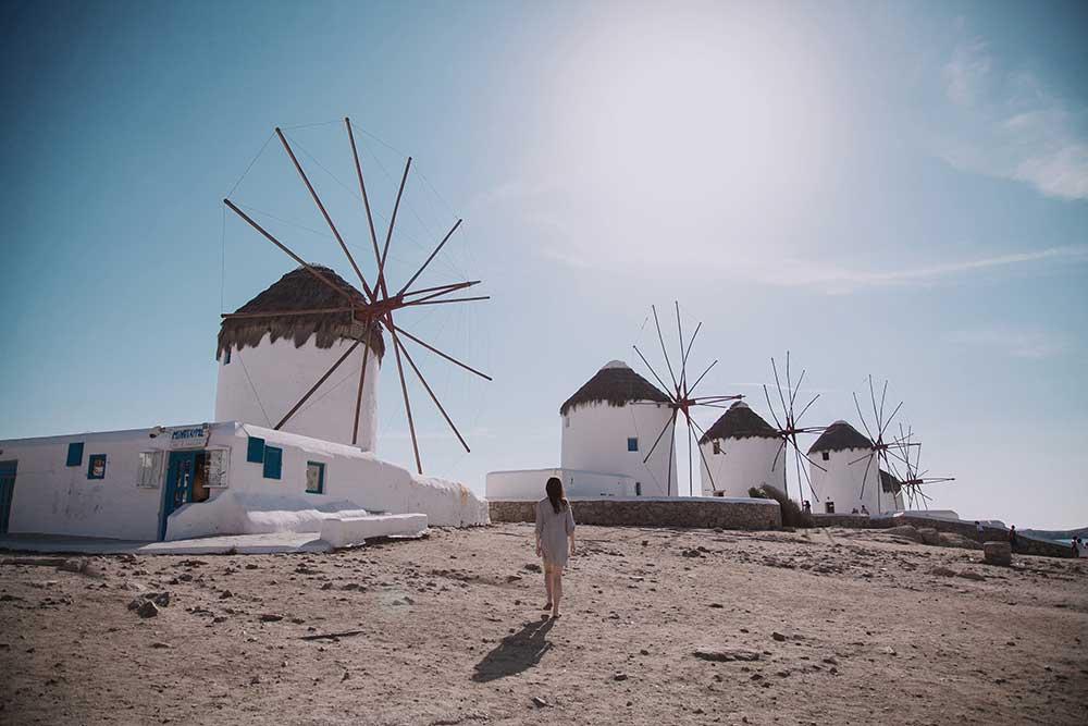 Sla Ibiza over als je op zoek bent naar een feestelijke jetsetreis. Richt je pijlen liever op Griekenland, want Mykonos is het nieuwe Ibiza.