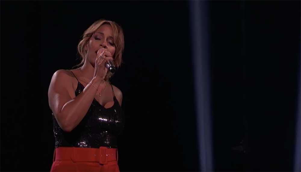 Glennis Grace in de finale van America's Got Talent, wie had dat ooit gedacht? De zangeres zong dinsdagavond in de live-uitzending 'This Woman's Work'.