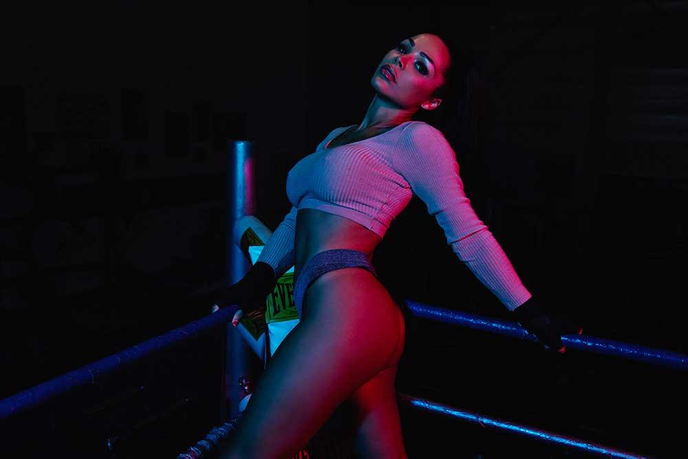 Sexy Amanda Balk