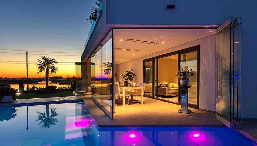 Zwembad In Huis : Ibiza huis met zwembad staat gewoon te koop in rotterdam jfk