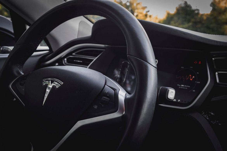 Zelfrijdende auto van Tesla