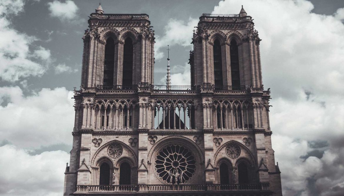 Notre Dame-brand