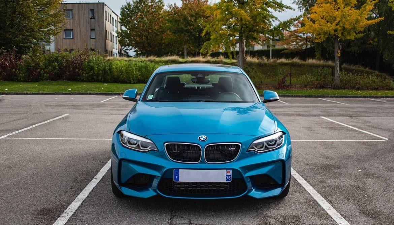 BMW-rijders dragen sexy lingerie