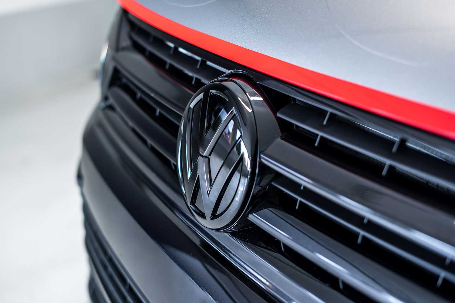 Volkswagen A-Team-bus van Abt grille close-up