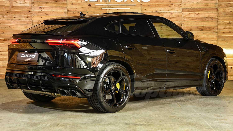 nieuwe auto van Hakim Ziyech