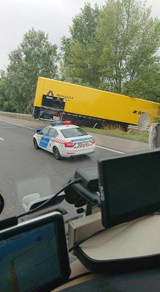 Renault F1-truck crasht in Hongarije