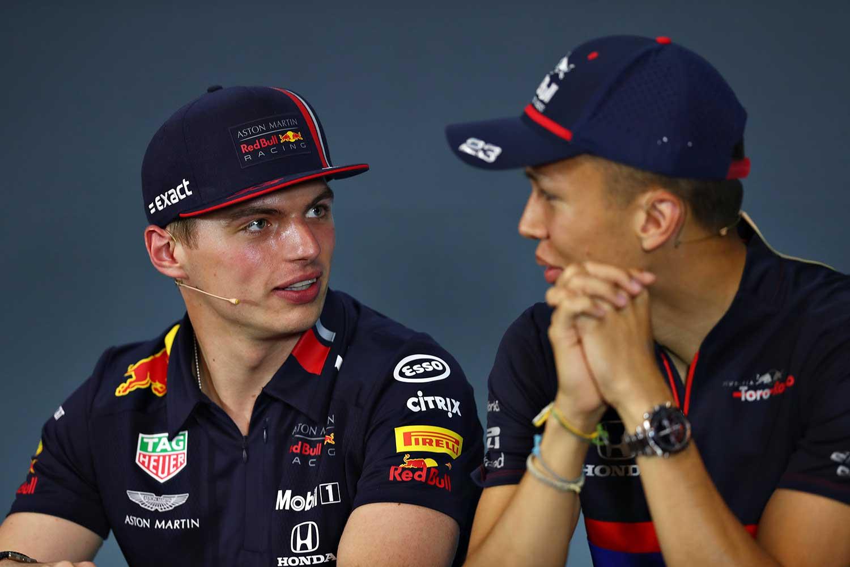 Alexander Albon is de nieuwe teamgenoot van Max Verstappen