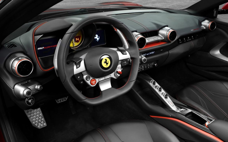 nieuwe Ferrari van Joel Beukers