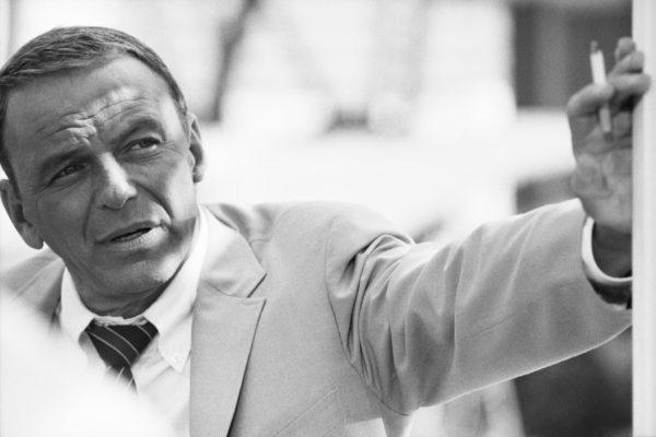 Terry O'Neill - Frank Sinatra, Miami 1968 - Courtesy Eduard Planting Gallery