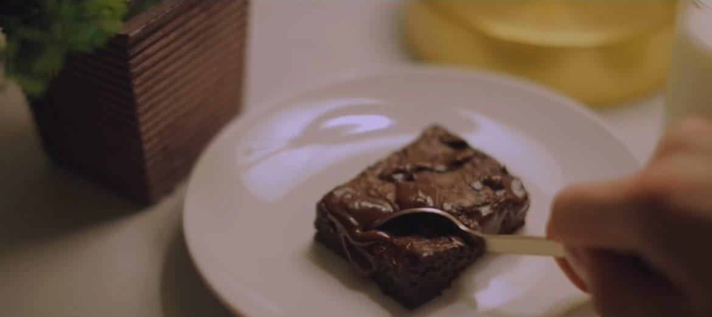 Ultieme Fudgy Brownies recept door Alvin Zhou (YouTube)