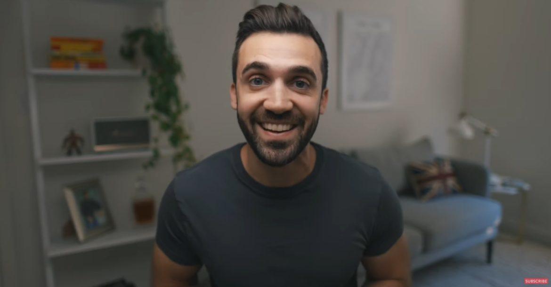 YouTuber draagt drie jaar lang hetzelfde shirt