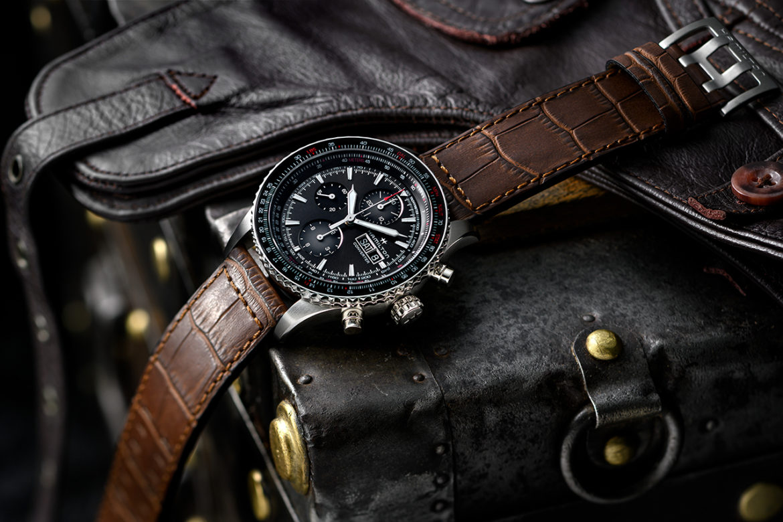 Hamilton heeft het assortiment pilotenhorloges uitgebreid met Khaki Aviation Converter