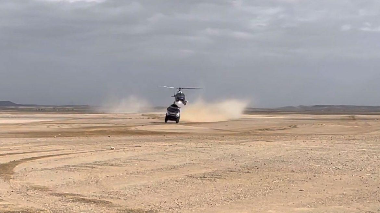 Botsing tussen vrachtwagen en helikopter tijdens Dakar 2021