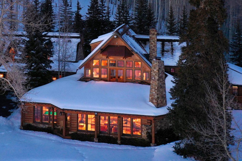 Te koop: Gigantische ranch van Tom Cruise middenin de natuur