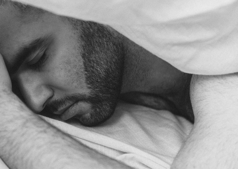 Mannelijke mannen slapen minder, blijkt uit onderzoek