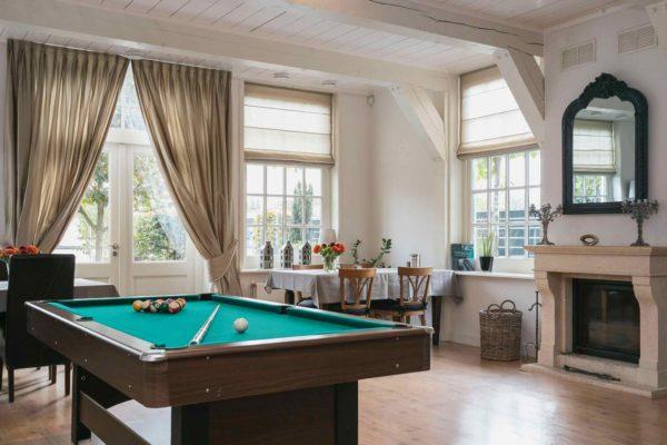 Te koop: Authentieke villa aan het water in Koog aan de Zaan