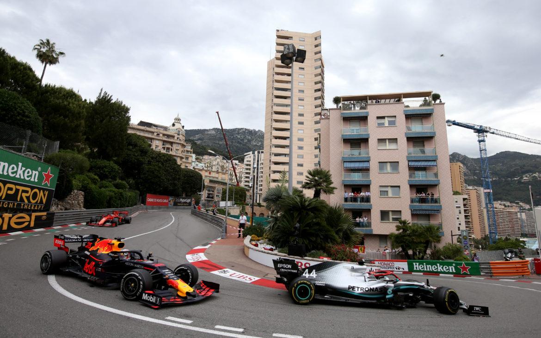 waarom zijn de vrije trainingen op donderdag bij de GP van Monaco