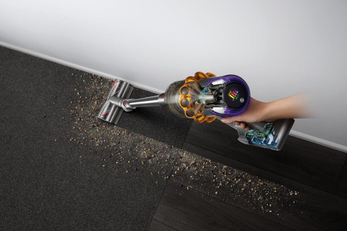 Dyson V15 Detect Absolute 1