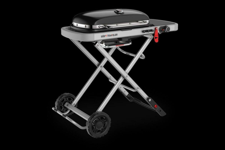 Weber Traveler Barbecue staand 2