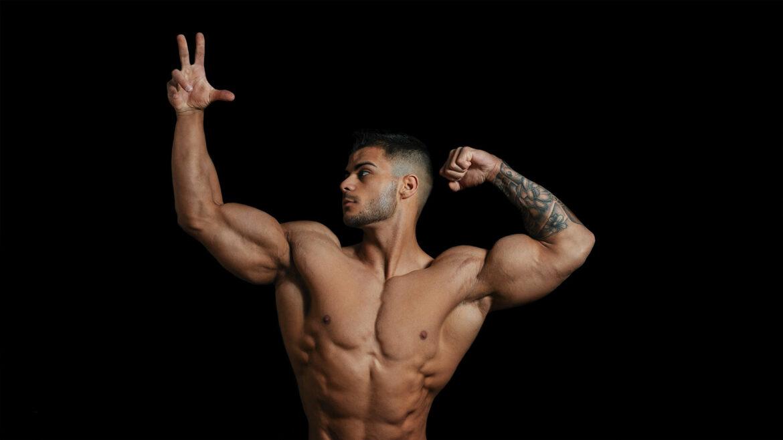 Grotere biceps met je pinkje
