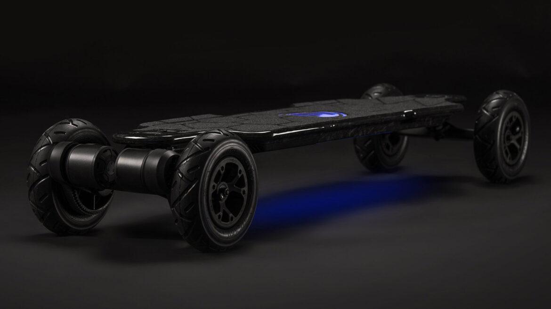 Evolve Hadean Carbon elektrisch skateboard verlichting