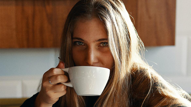 Te veel koffie drinken gevaarlijker dan gedacht, aldus onderzoek