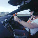 Daniel Ricciardo en Lando Norris racen tegen McLaren-teambaas Zak Brown