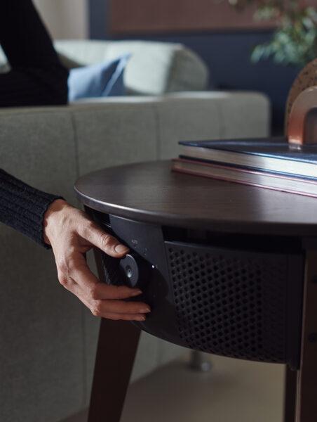 Slimme luchtreiniger van IKEA is vermomd als een bijzettafel