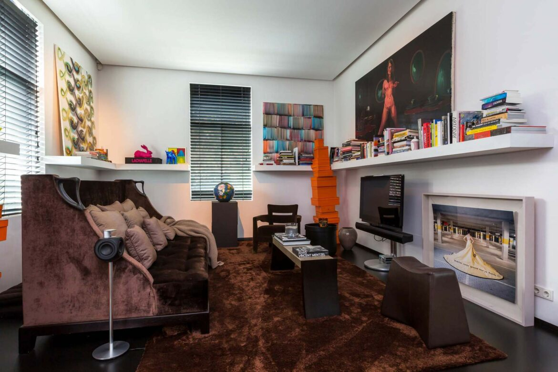 Te koop: Moderne villa in Brabantse Nuenen met stijlvolle mancave
